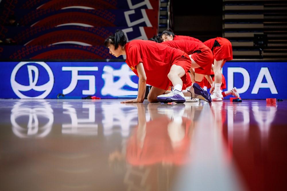 http://www.fiba.basketball/fr/oqtwomen/serbia/2020/team/China#|tab=photos
